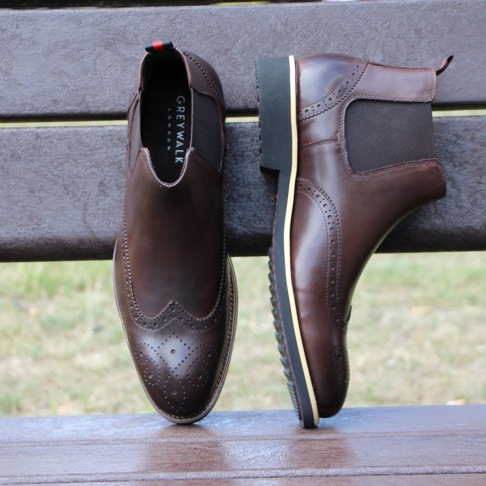 CLASSIC - BROWN
